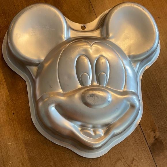 Vintage Mickey Mouse Disney Wilton Cake Pan